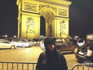 couchsurfing in paris france
