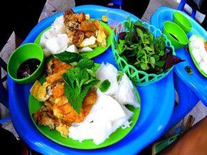 travelers favorite food Bun Dau Mam Tom