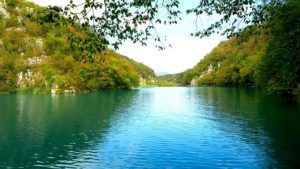 Hiking Plitvice Lakes National Park Experience