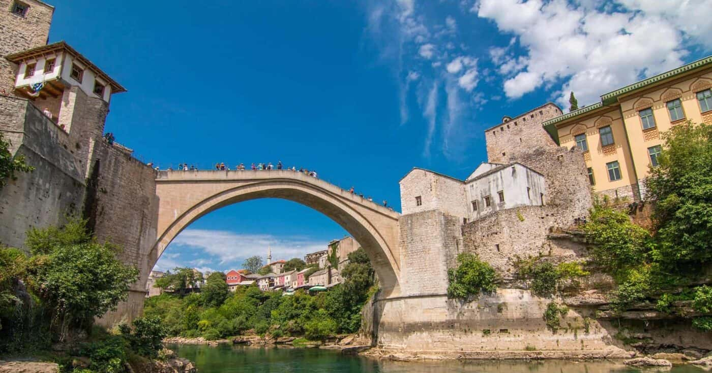 2.5 Weeks Europe Itinerary- Travel around the Balkans by Bus FEATURED