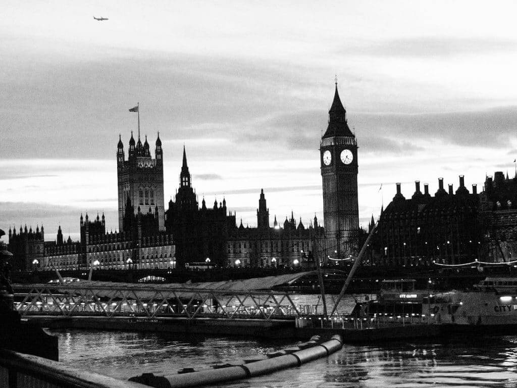 photos of london in black and white plus u.k visa for filipinos in finland