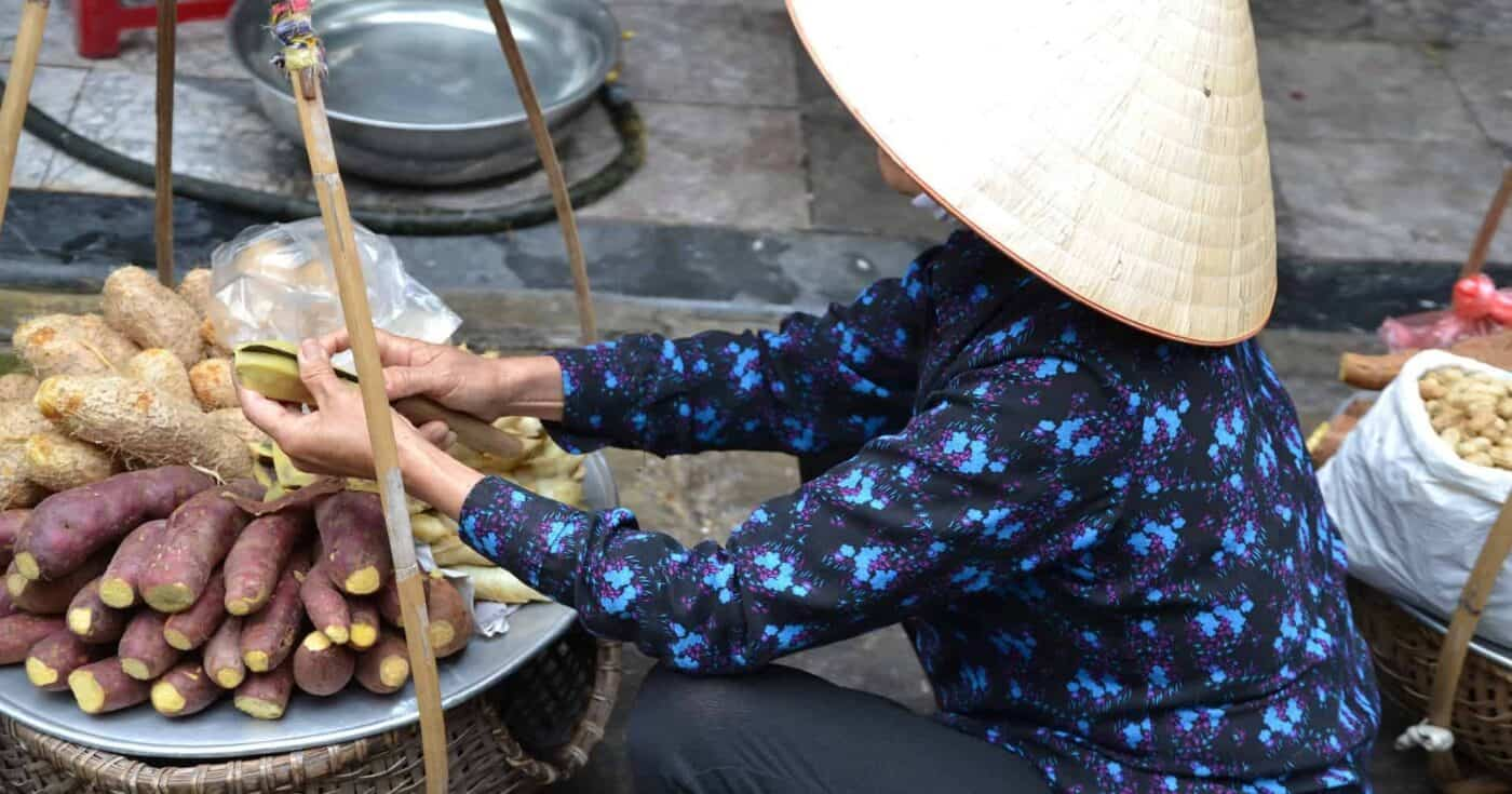 5 Amazing Street Food in Vietnam You Must Try featured