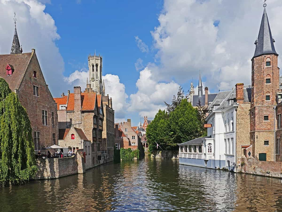 FAIRYTALE TOWNS AND VILLAGES IN EUROPE Bruges Belgium