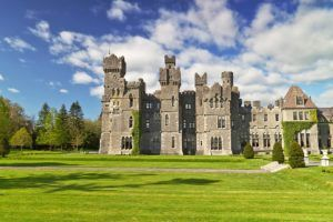 FAIRYTALE TOWNS AND VILLAGES IN EUROPE Cong Ireland