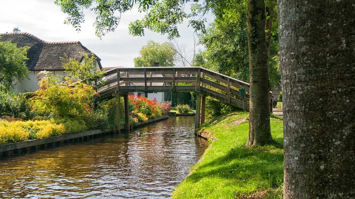 Giethoorn is indeed one of the most beautiful towns in Europe.
