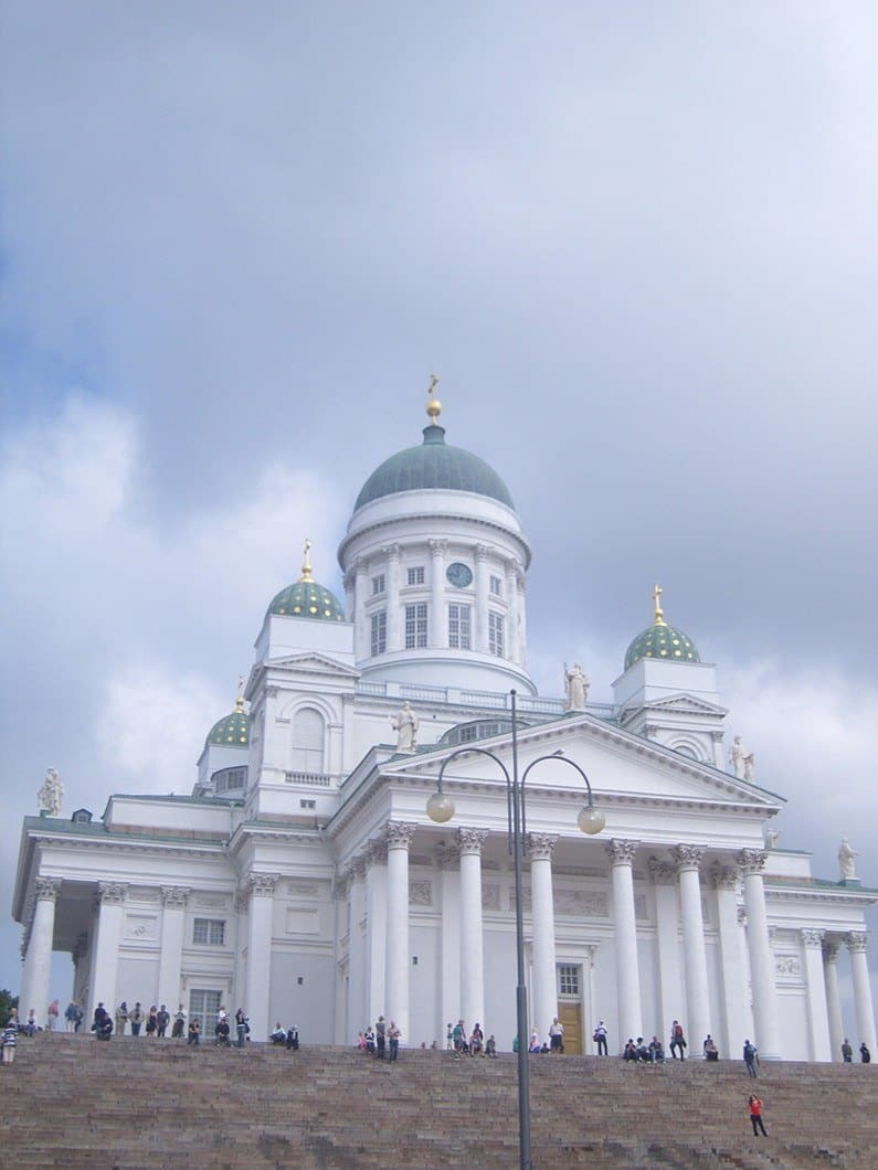 things to do in helsinki big white church tuomiokirkko