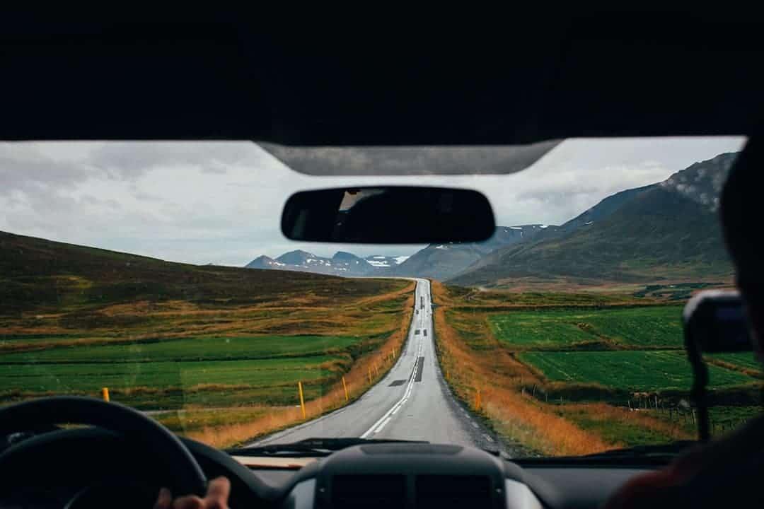 Alternative Ways to Travel the World go on a roadtrip