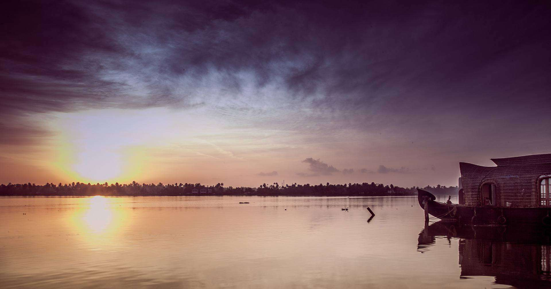 Beautiful Places to Visit in Kerala You Must Not Miss featured