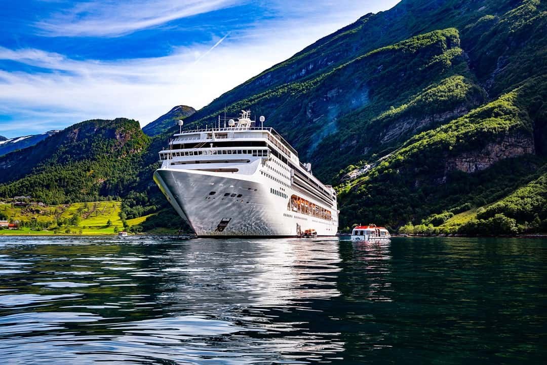 Luxurious Travel Ideas and Destinations go on a luxury cruise