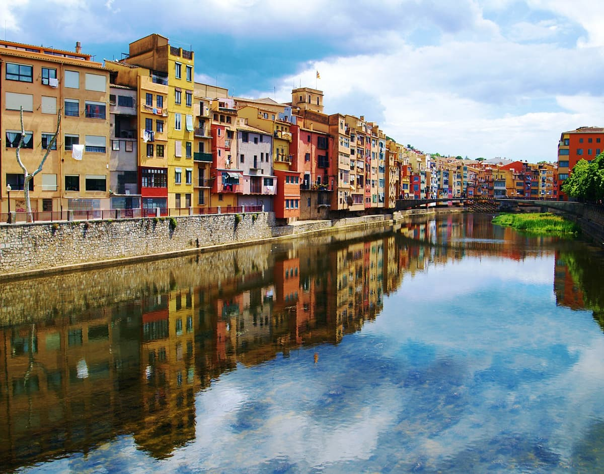Most Colorful аnd Vibrant Trаvеl Destinations іn Europe Girona Spain