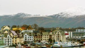 Most Colorful аnd Vibrant Trаvеl Destinations іn Europe alesund norway