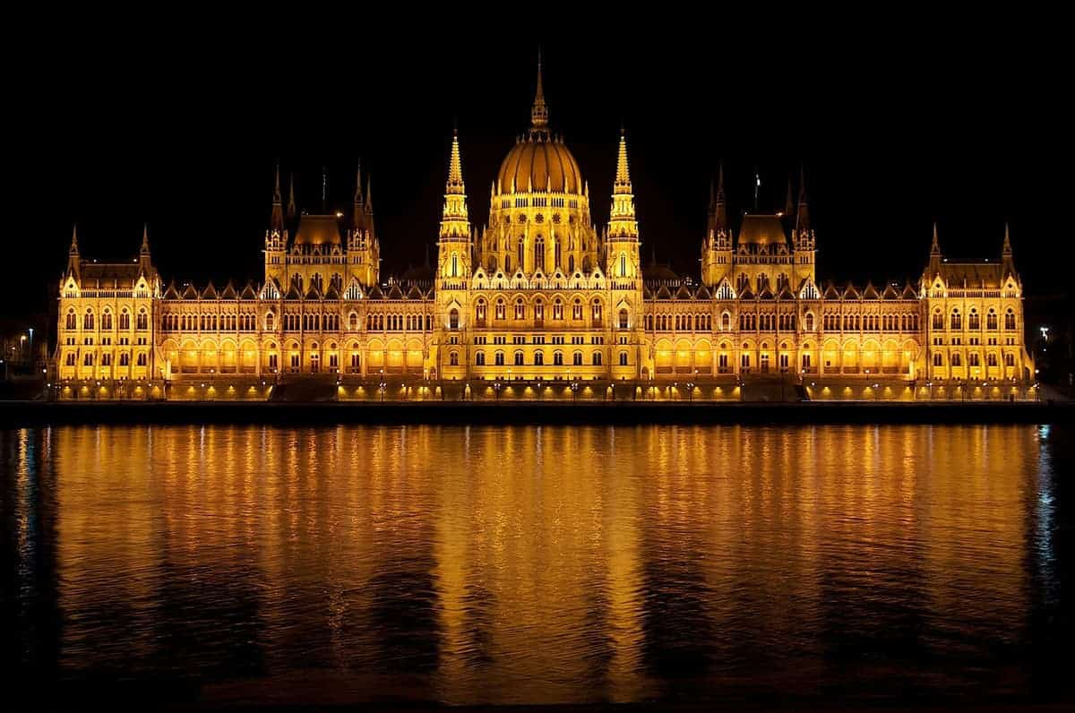 Top 15 Places To Visit In Hungary From Buzzing City To