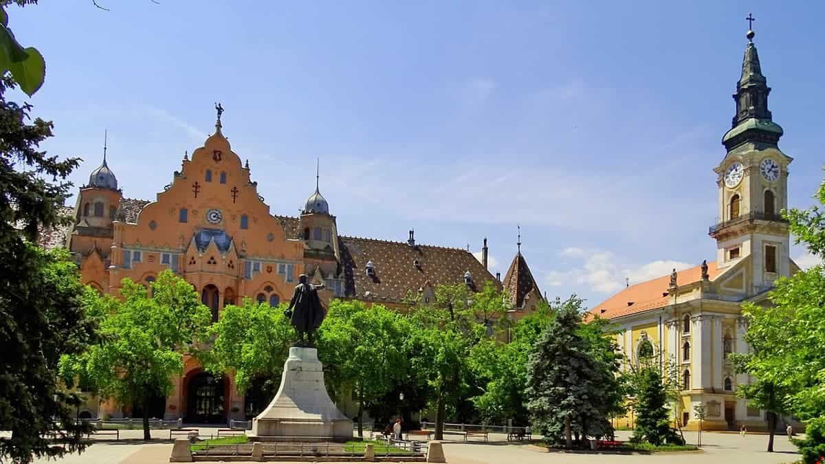 PLACES TO VISIT IN HUNGARY KECSKEMET