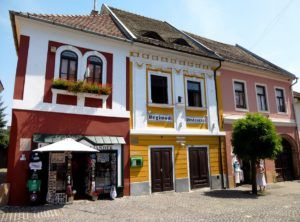 PLACES TO VISIT IN HUNGARY SZENTENDRE