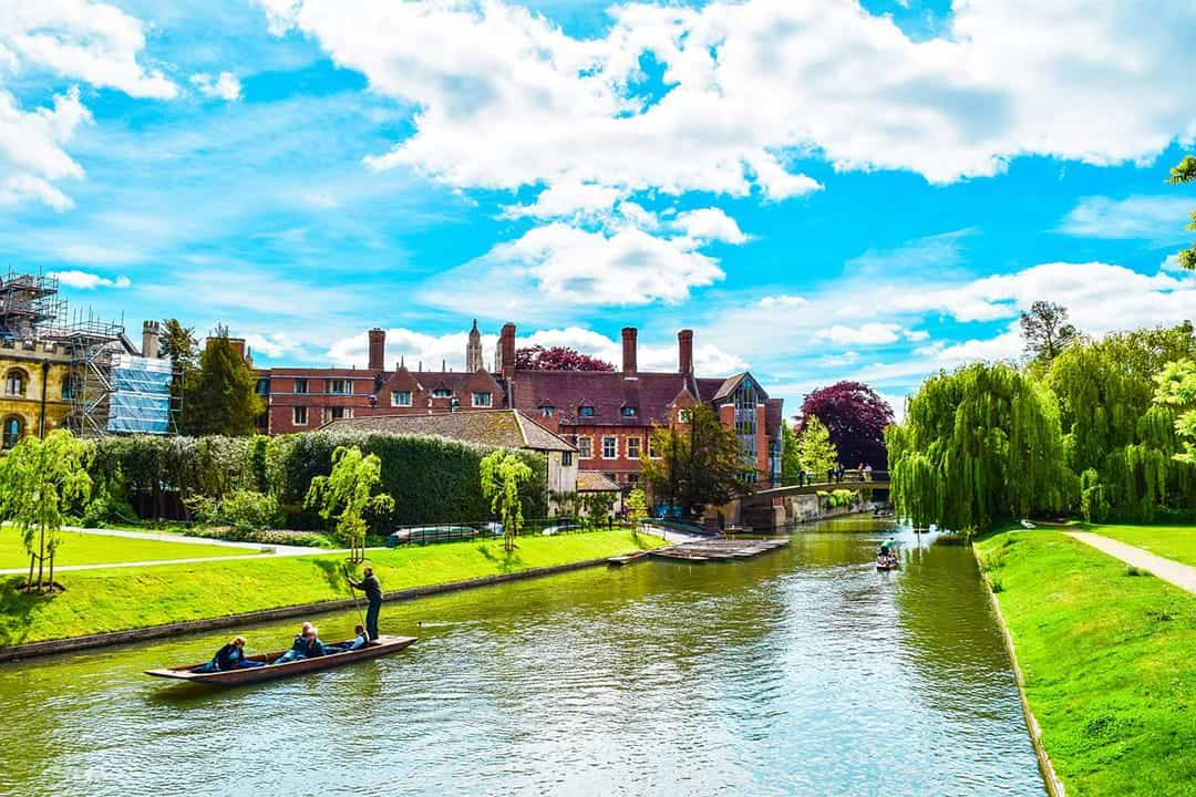 PLACES TO VISIT IN THE UNITED KINGDOM CAMBRIDGE