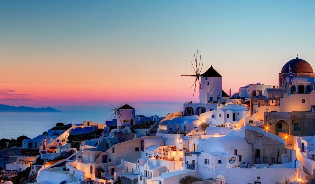 Top 14 Things to Do in Santorini (Visit Greece and Explore Its Beauty)