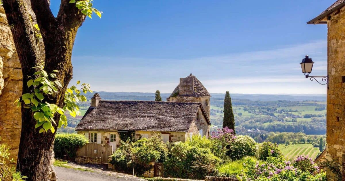 Top Places to Visit in France featured