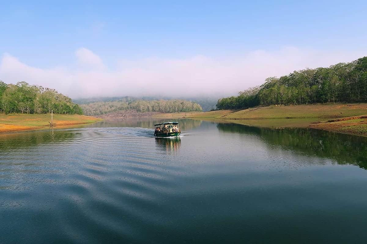 places to visit in kerala periyar national park