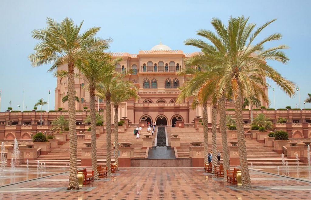 things to do in abu dhabi emirates palace