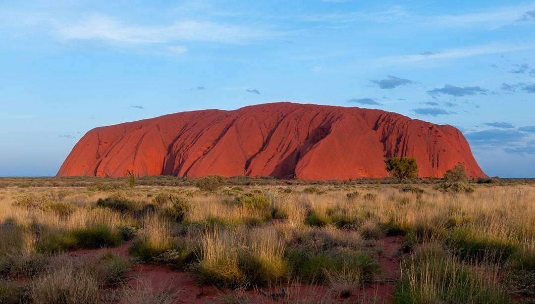 Reasons Why You Should Visit Australia Be amazed by its stunning sites