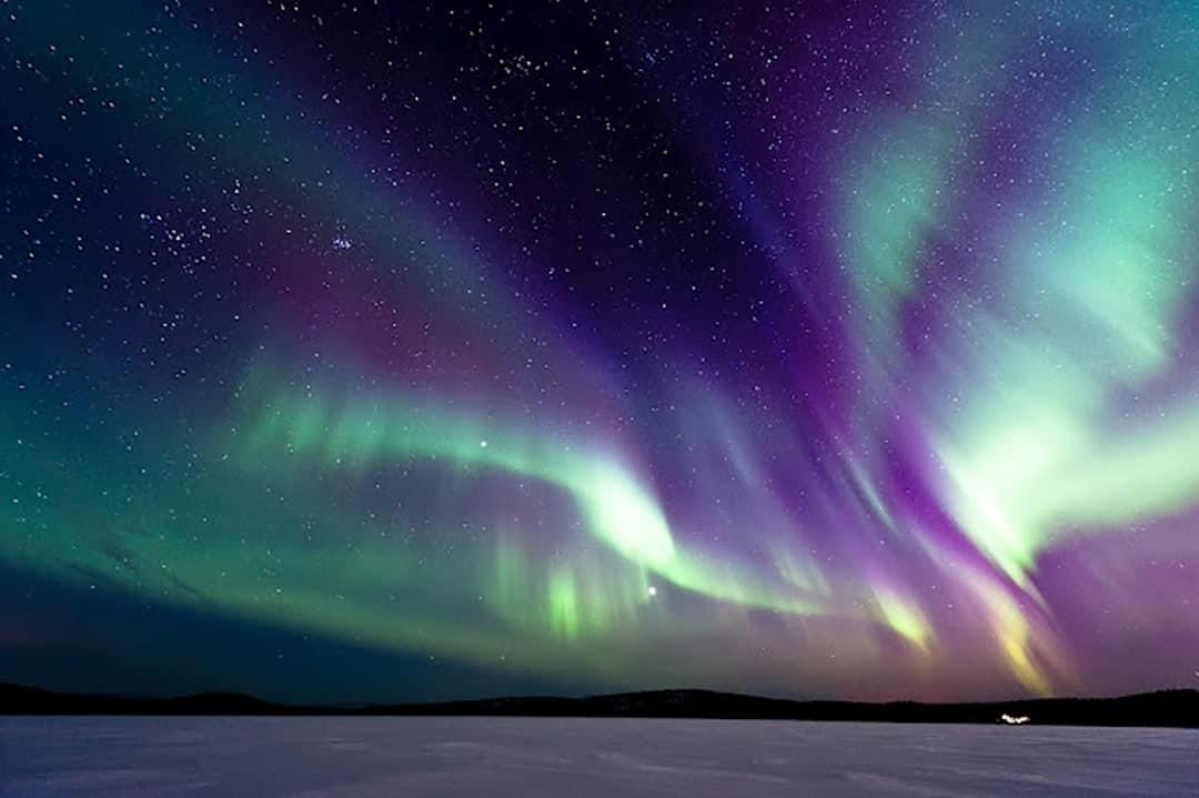 TOP DESTINATIONS TO SPOT AURORA BOREALIST NORTHERN LIGHTS HOLIDAY FINLAND