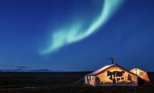 TOP DESTINATIONS TO SPOT AURORA BOREALIST NORTHERN LIGHTS HOLIDAY RUSSIA