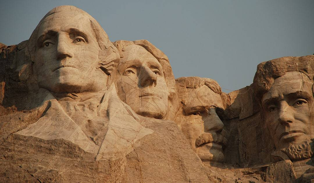TOP TOURIST ATTRACTIONS IN THE USA MOUNT RUSHMORE IN KEYSTONE SOUTH DAKOTA