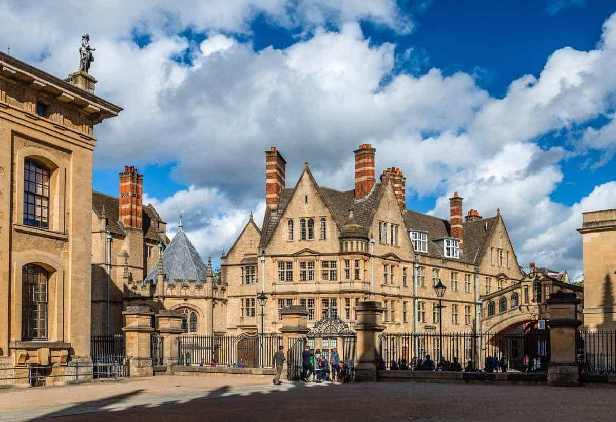 top tourist attractions in london uk oxford