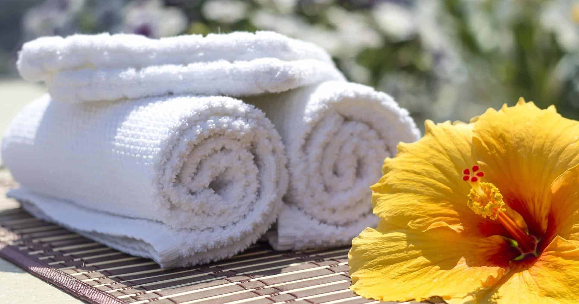 BEST TRAVEL TOWELS FEATURED