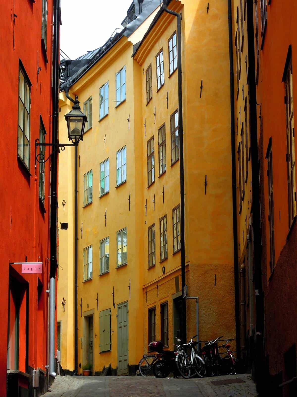 Trips to Stockholm is not complete without getting lost in Gamla Stadn