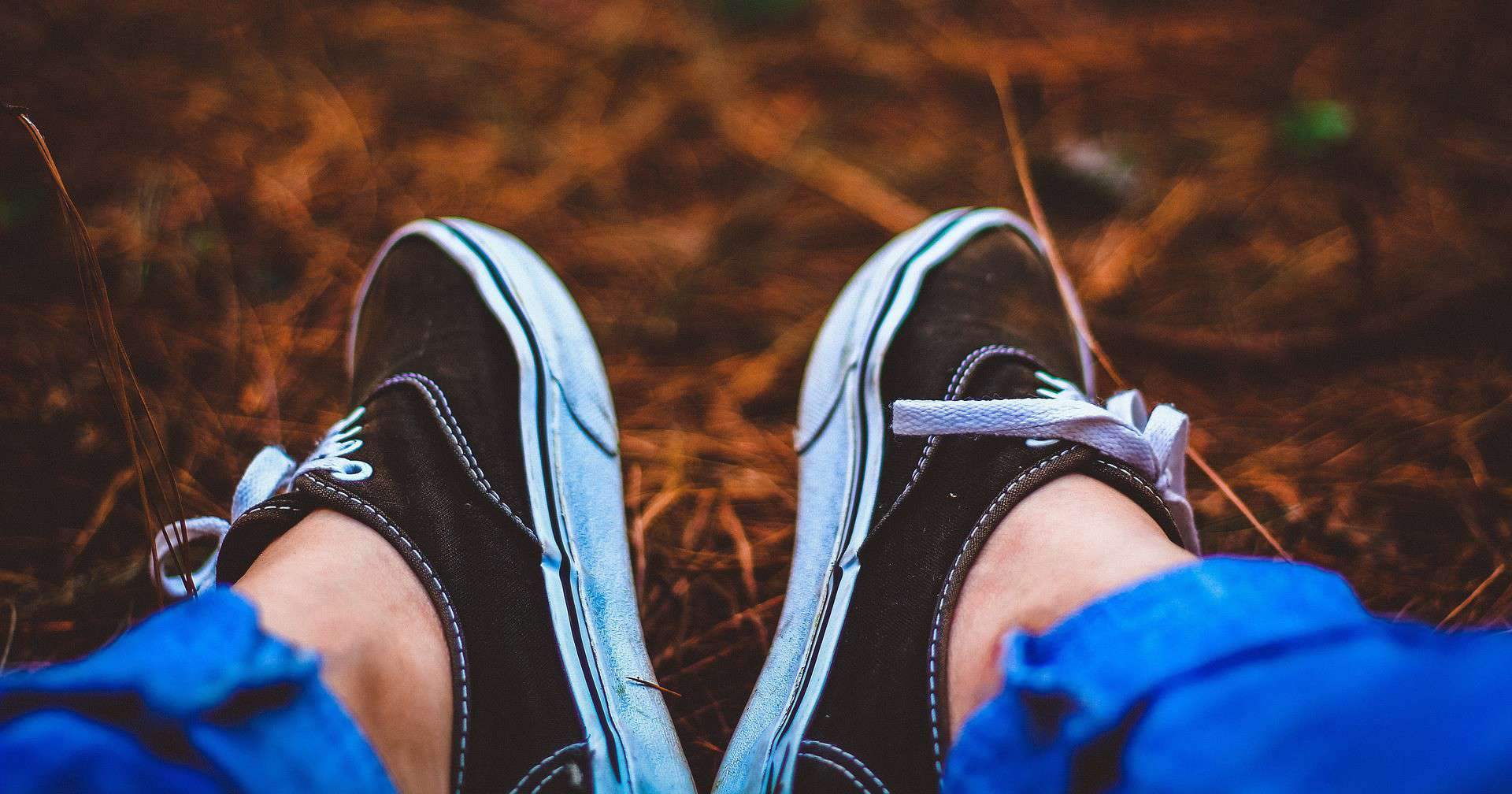 BEST TRAVEL SHOES FOR WOMEN FEATURED