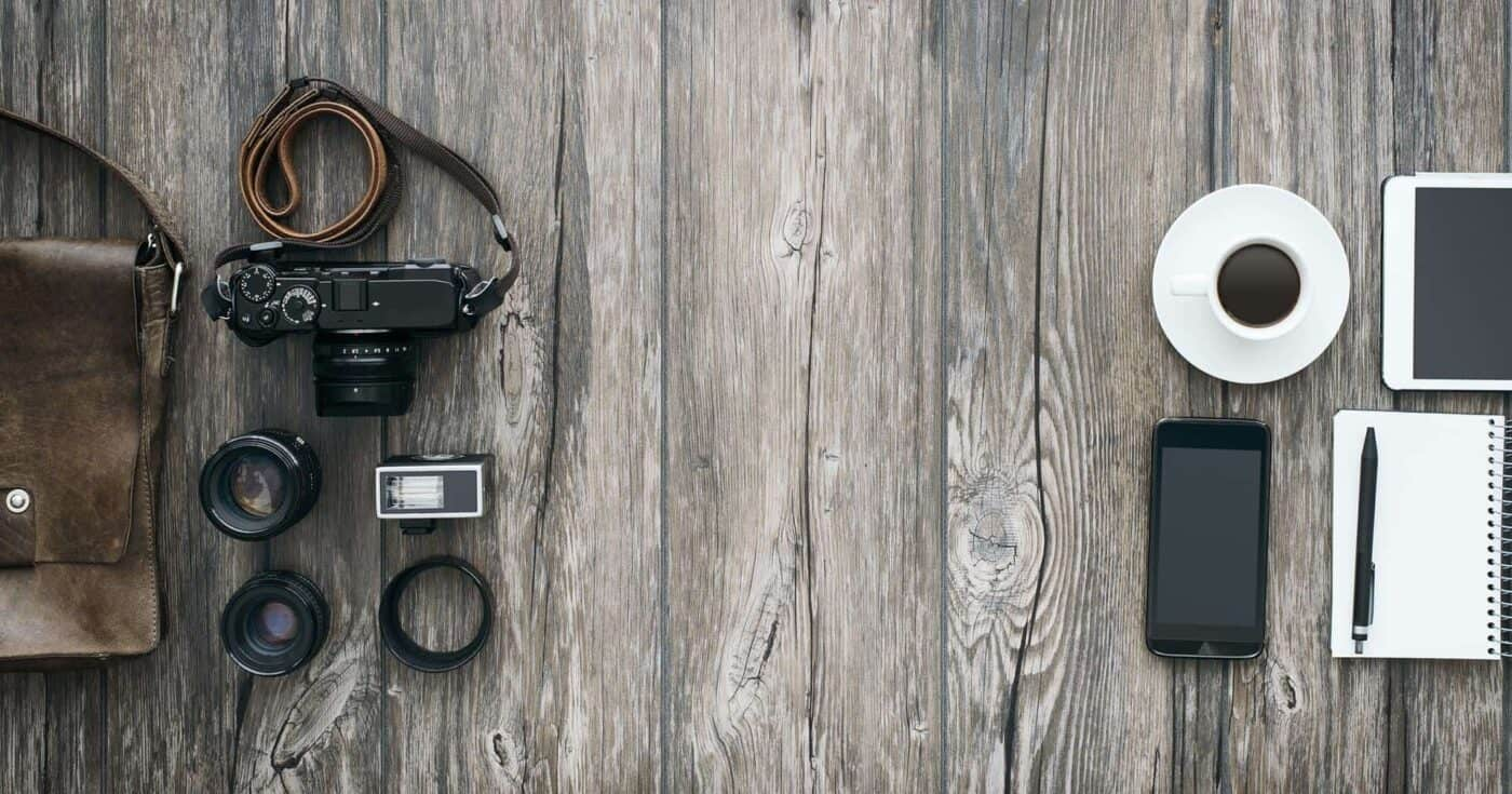 best stylish camera bag for travel featured
