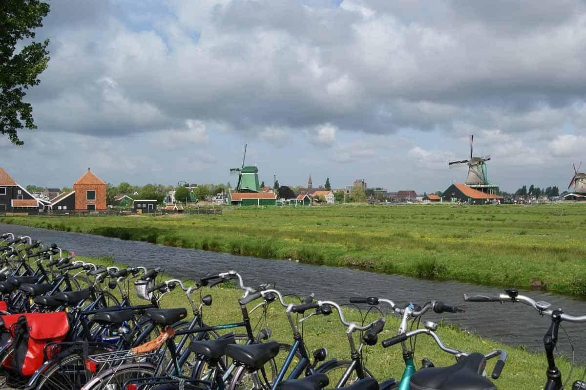 top day trips from amsterdam the netherlands zaanse schans