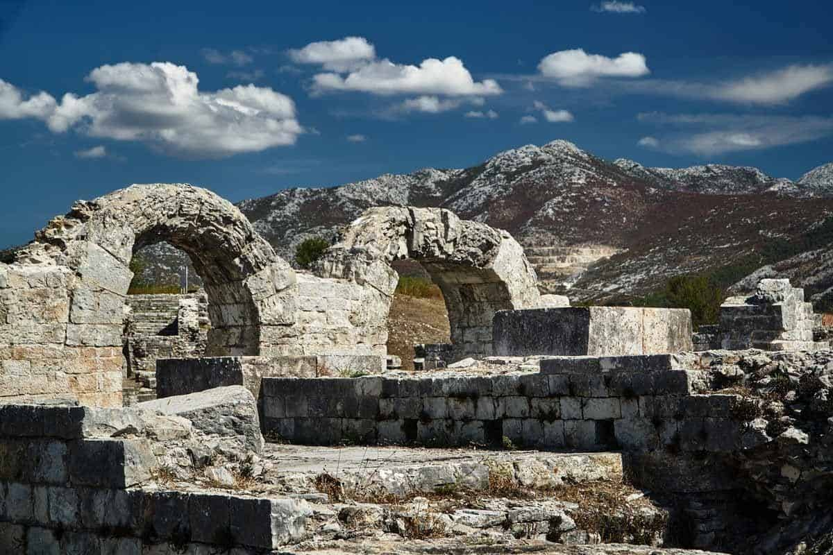 top day trips from split croatia salona