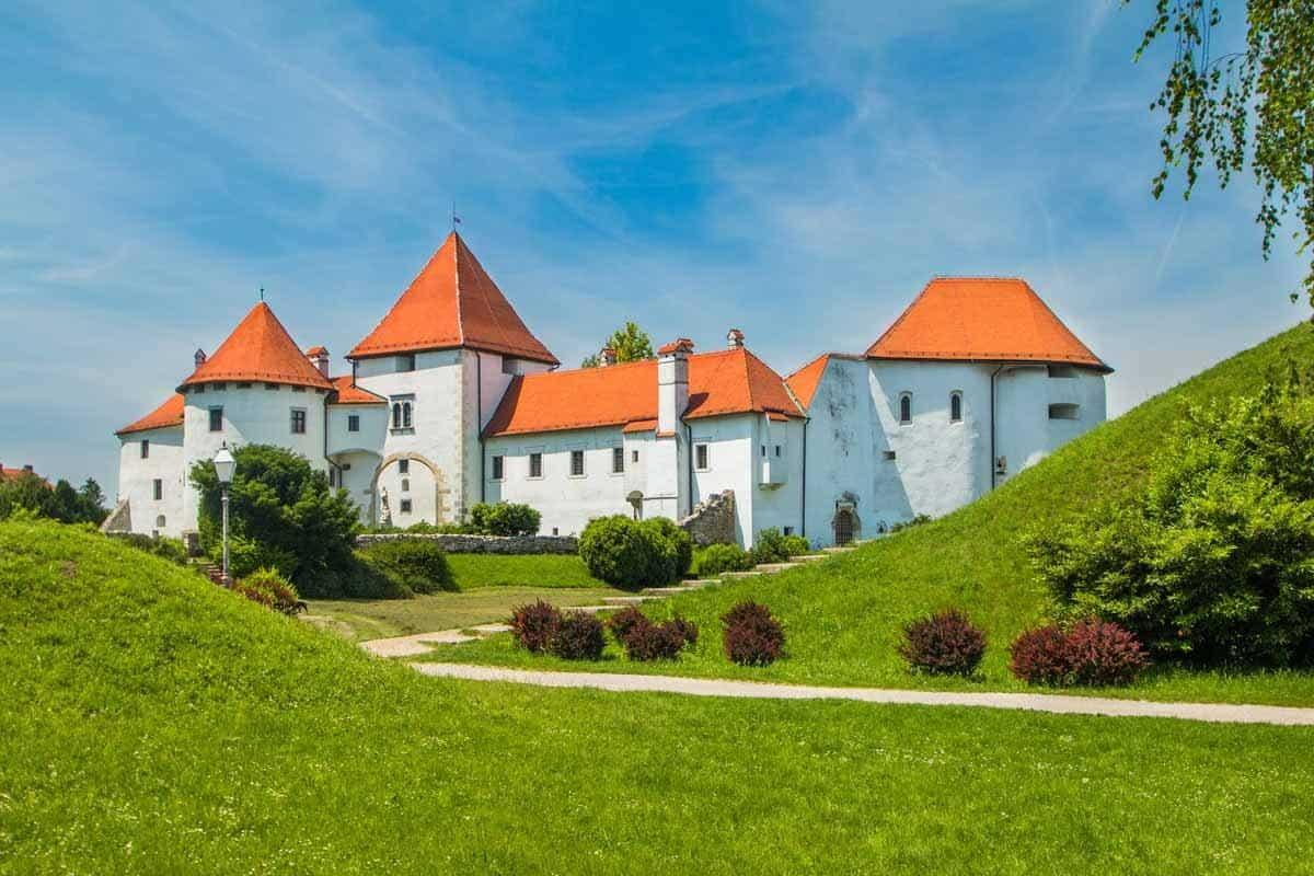 top day trips from zagreb croatia varazdin castle