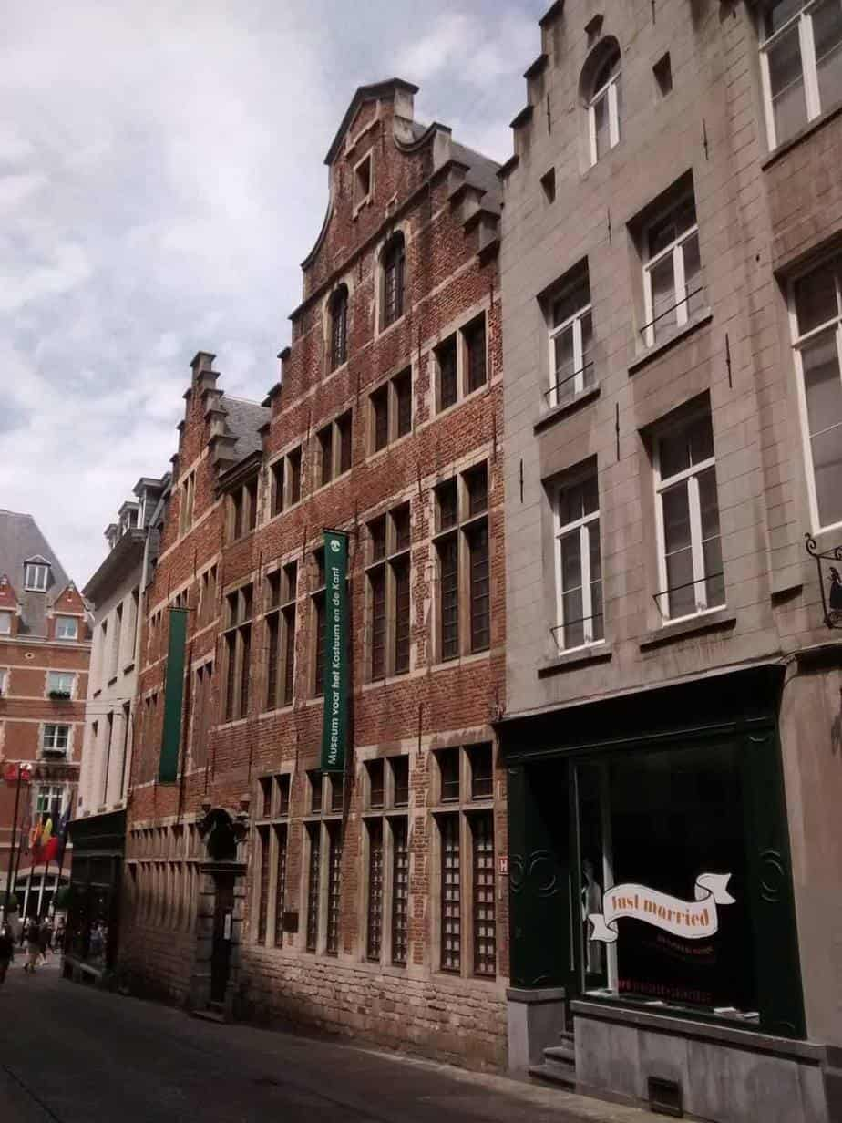 top tourist attractions in brussels belgium museum of fashion and lace