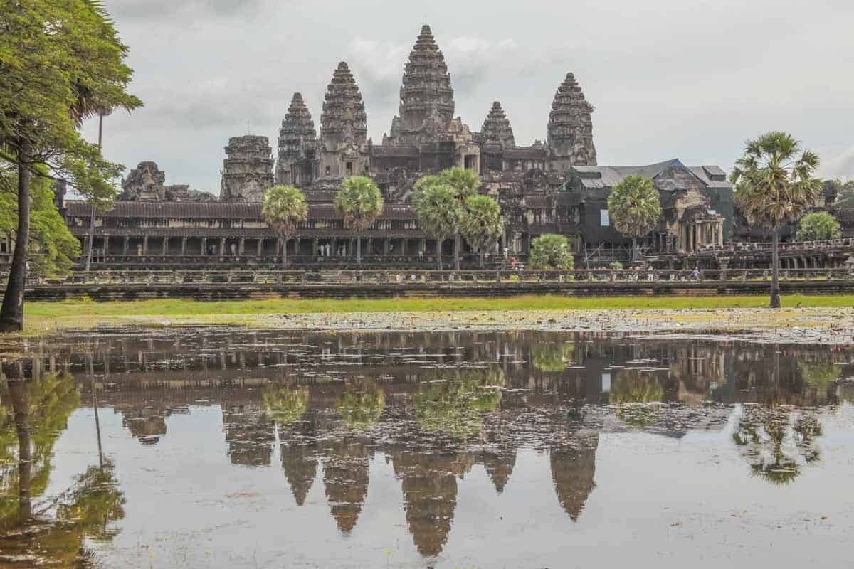 points of interest where to go and places to visit in cambodia angkor wat