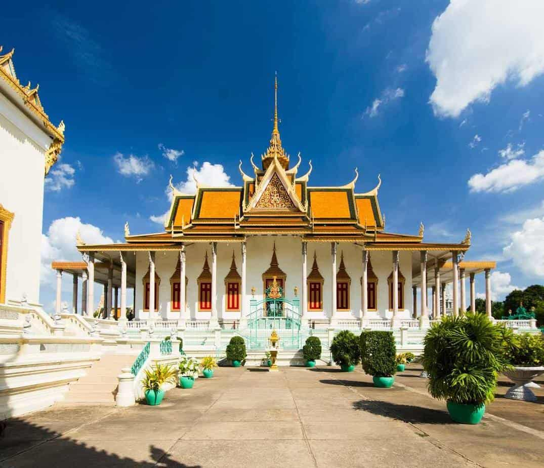 points of interest where to go and places to visit in cambodia phnom penh royal palace