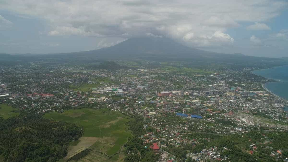 points of interest where to go and places to visit in the philippines legazpi city