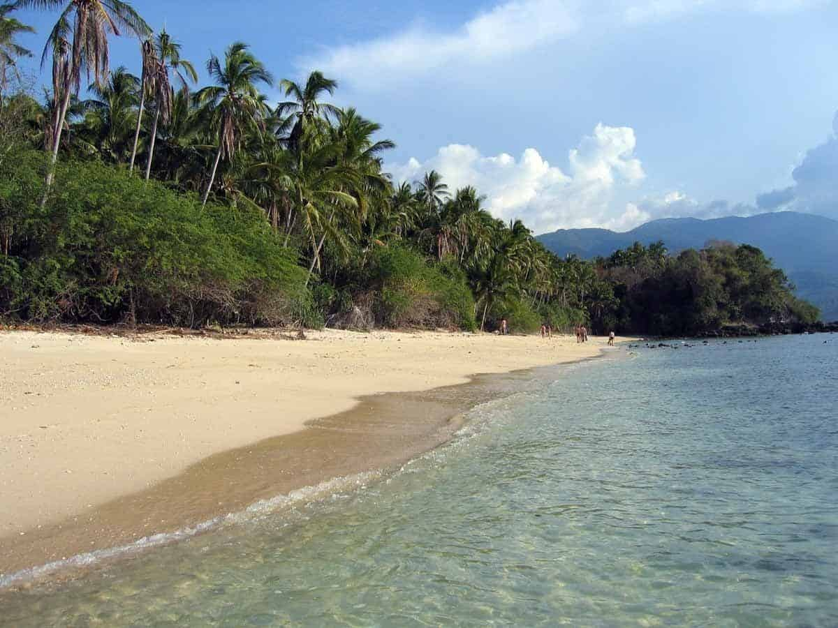 points of interest where to go and places to visit in the philippines mindoro beach