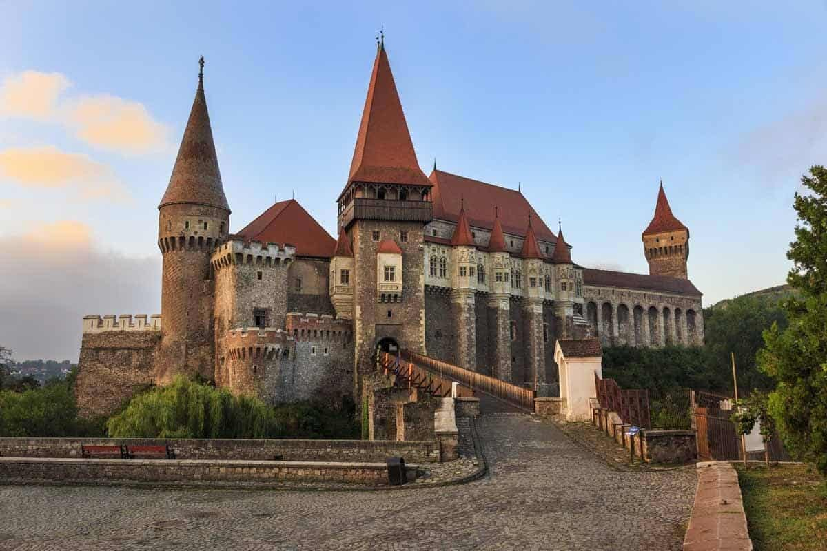 haunted places in europe to visit this halloween corvin castle