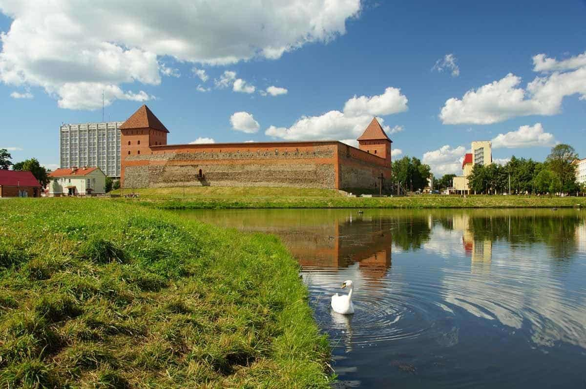 points of interest where to go and places to visit in belarus lida castle