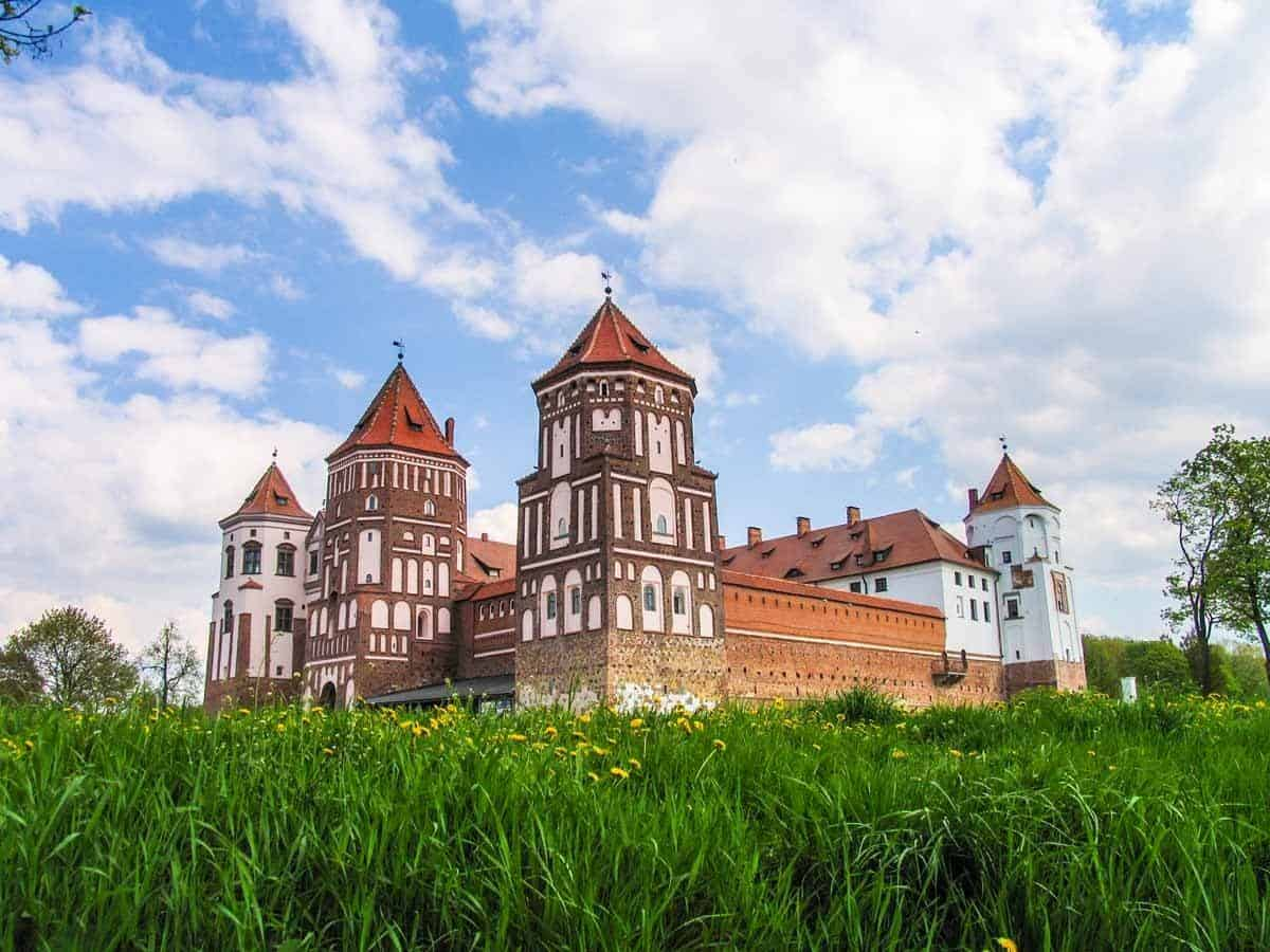points of interest where to go and places to visit in belarus mir castle