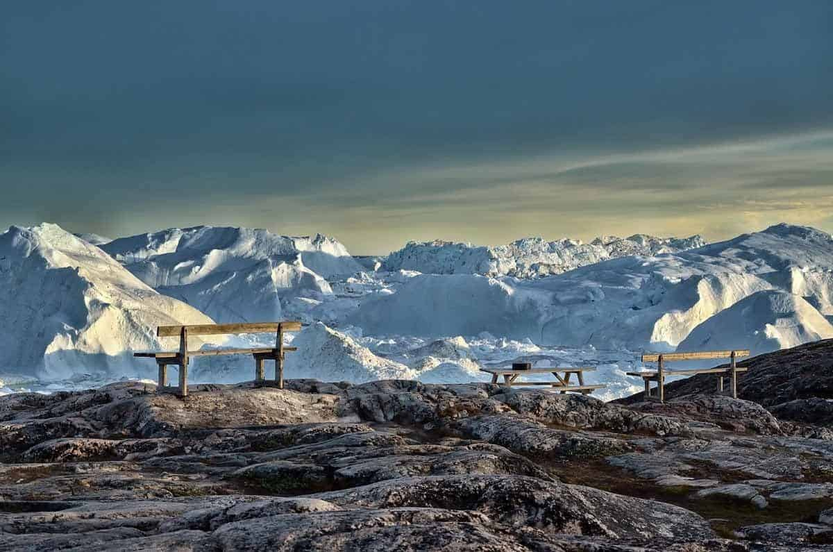 top countries in the world where to see the midnight sun greenland