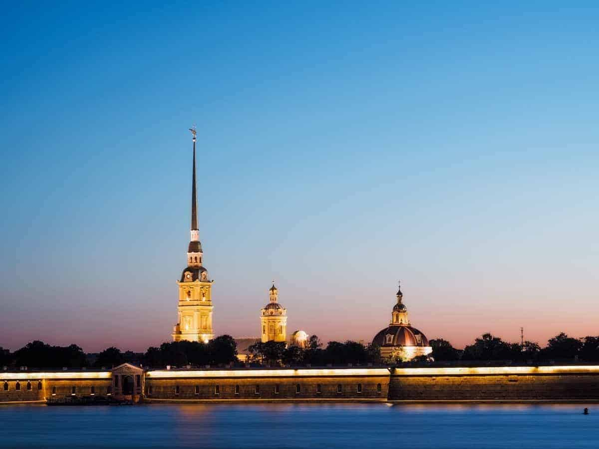 top countries in the world where to see the midnight sun russia st petersburg