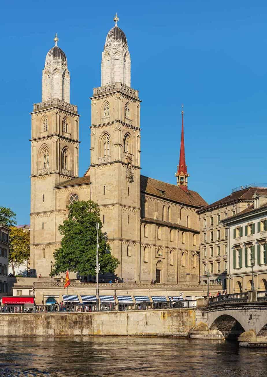 top tourist attractions in zurich switzerland grossmunster church