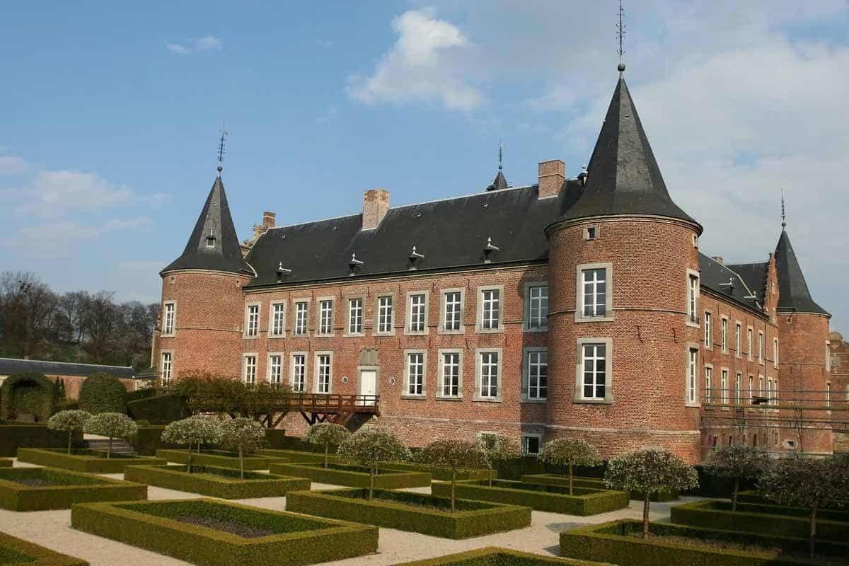 castles in belgium alden biesen castle