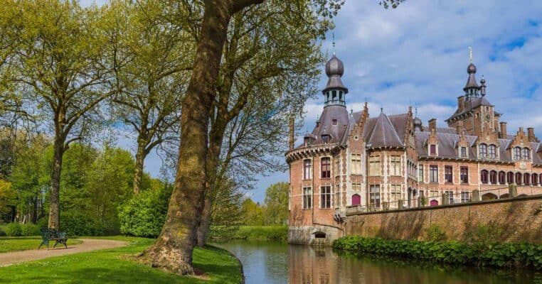 castles in belgium featured