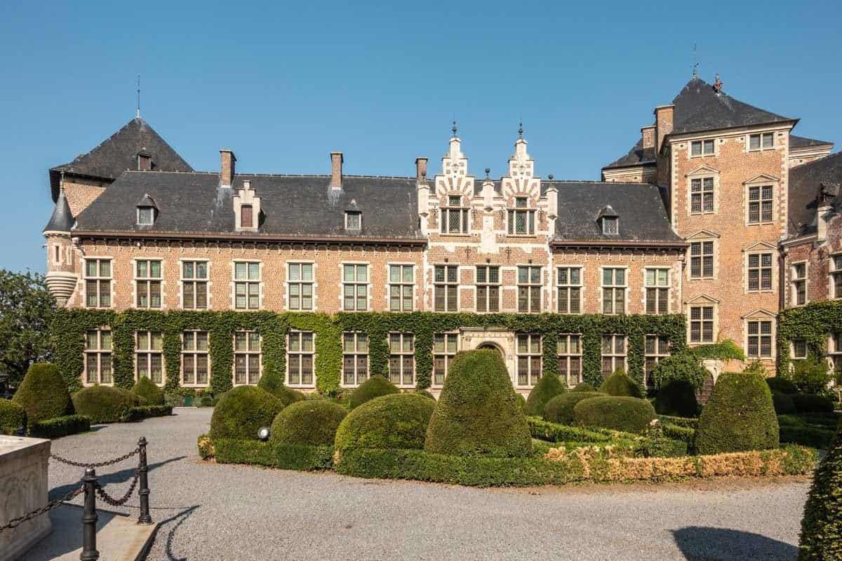castles in belgium kasteel van gaasbeek