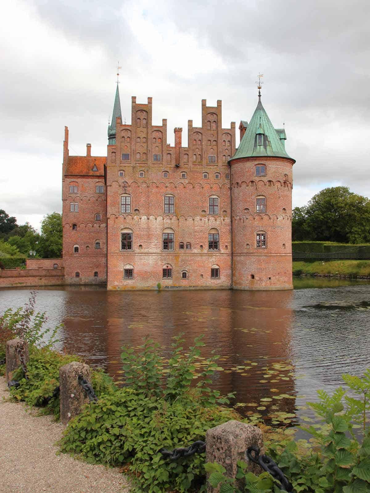 castles in denmark egeskov castle